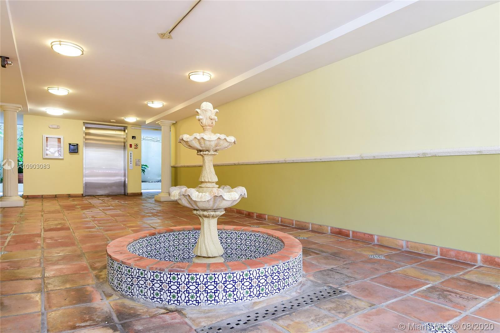 1005  8th St #201 For Sale A10903083, FL