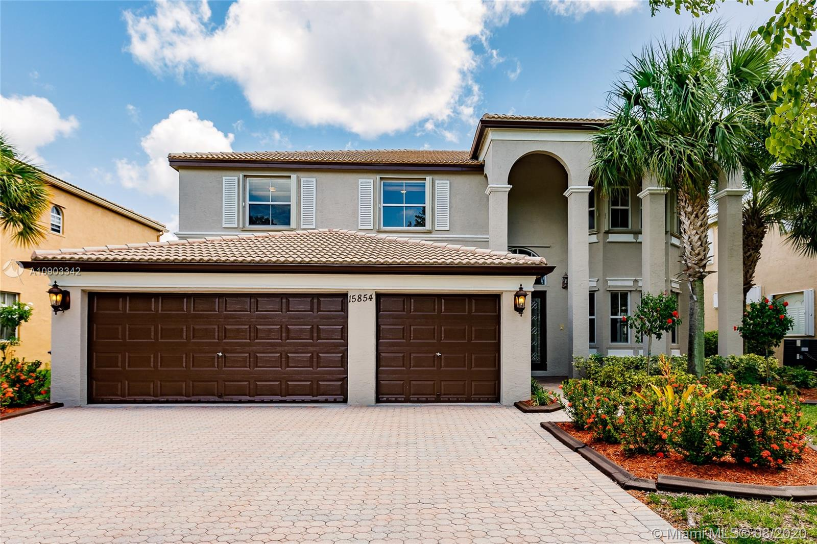 15854 SW 52nd St  For Sale A10903342, FL