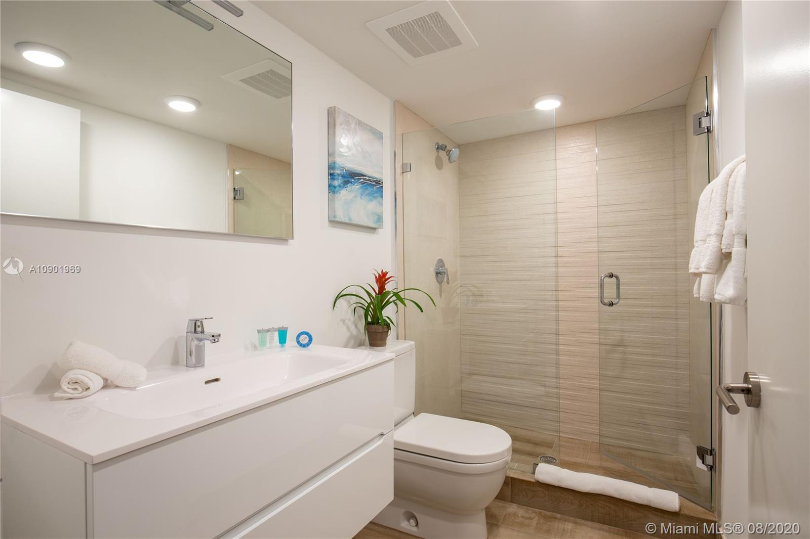 THIS IS A BOUTIQUE BUILDING LOCATED ON EAST BAY HARBOR DR, IN THE BEAUTIFUL BAY HARBOR ISLANDS.  THIS AMAZING 1 BEDROOM UNIT WITH LARGE PRIVATE BALCONY,  CONTEMPORARY LIGHTING, QUARTZ COUNTER TOPS, SUBZERO REFRIGERATOR, SLEEK ITALIAN CABINETRY AND PREMIUM BOSCH WASHER, DRYERS. THE IVORY IS A 40 UNIT BOUTIQUE BUILDING WITH ROOFTOP POOL. WILL MAKE YOU FEEL AS IF YOU WERE ON VACATION IN YOUR OWN HOME. GREAT OPPORTUNITY.