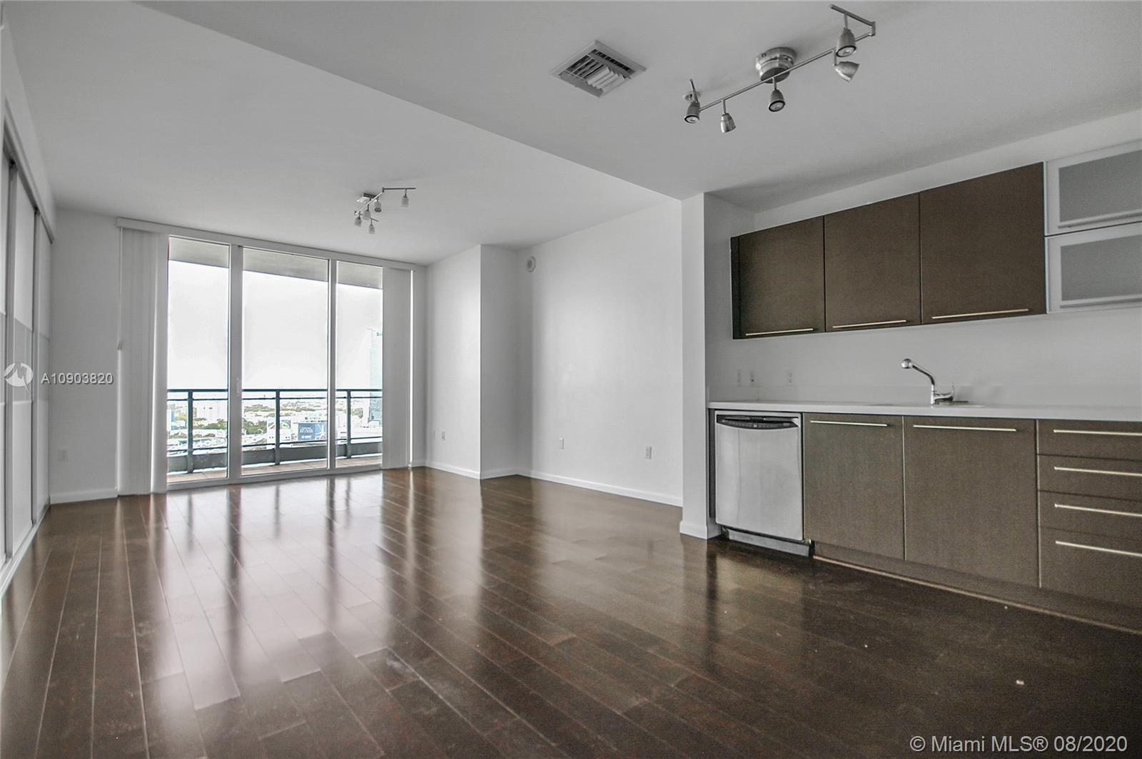 90 SW 3rd St #2210 For Sale A10903820, FL