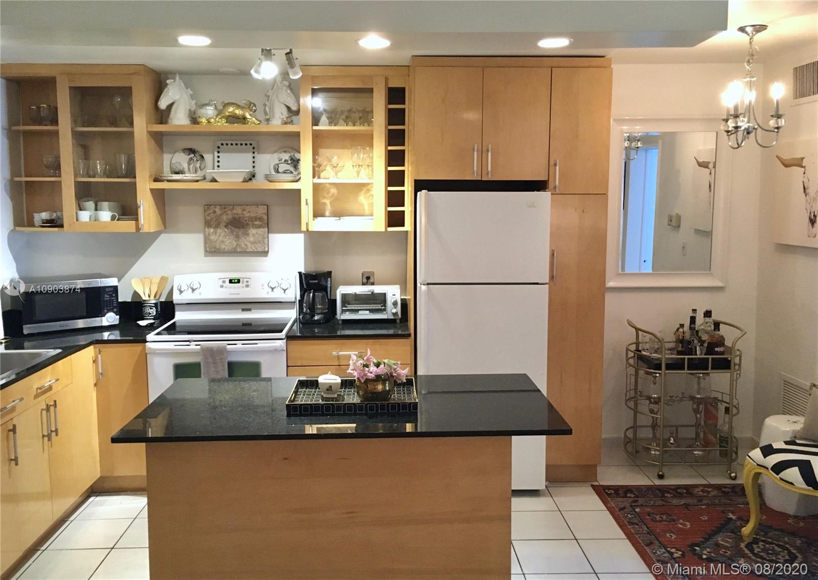2930  Day Ave #N101 For Sale A10903874, FL