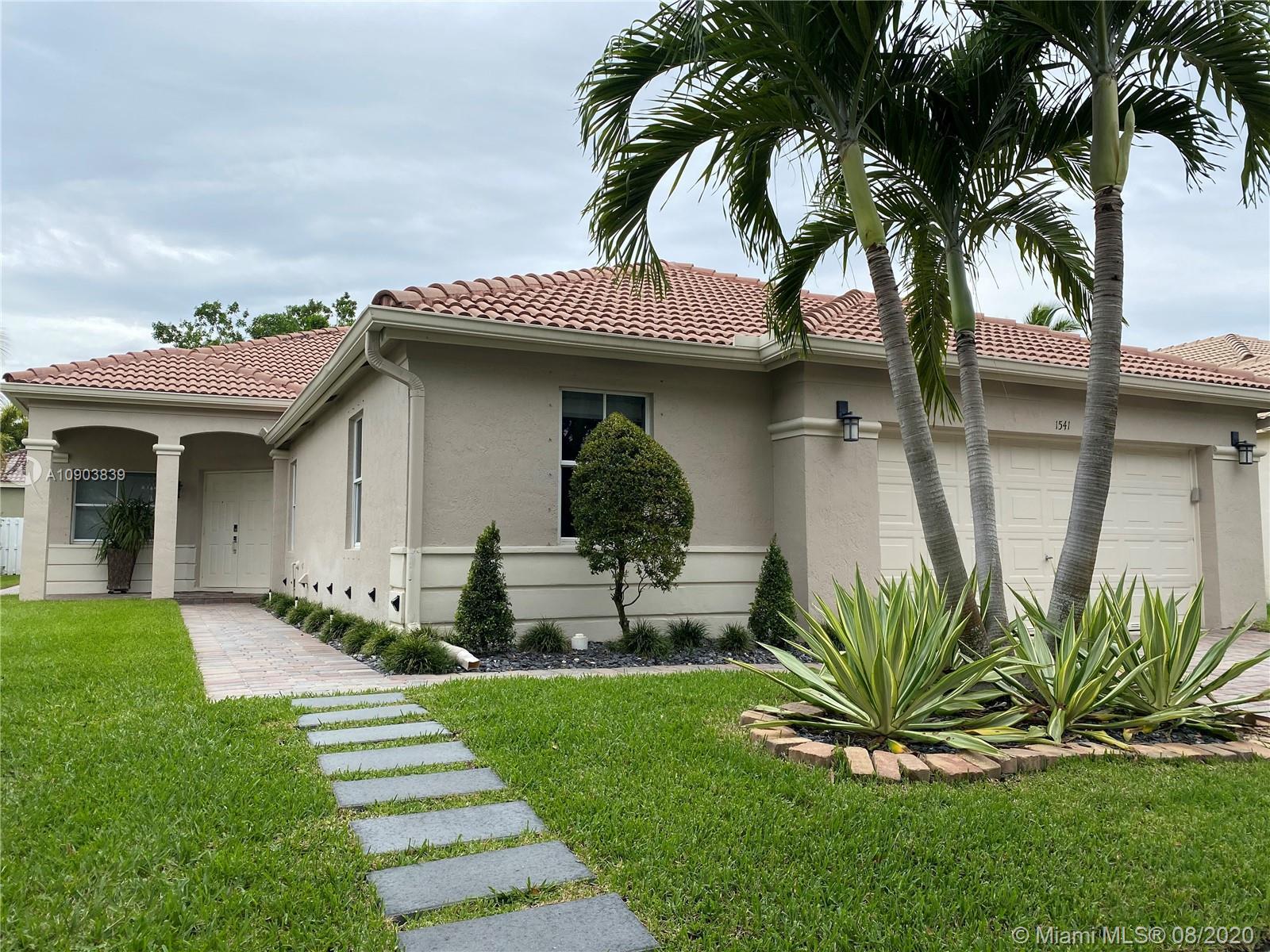 1541  Elm Grove Rd  For Sale A10903839, FL