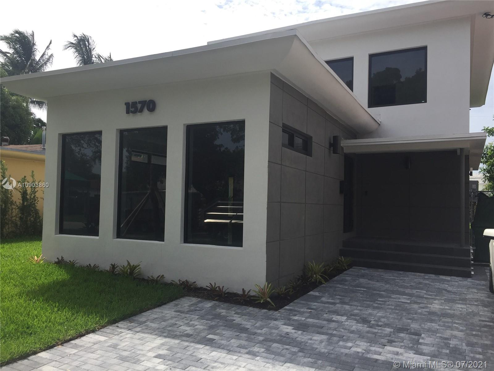 1570  Biarritz Dr  For Sale A10903860, FL