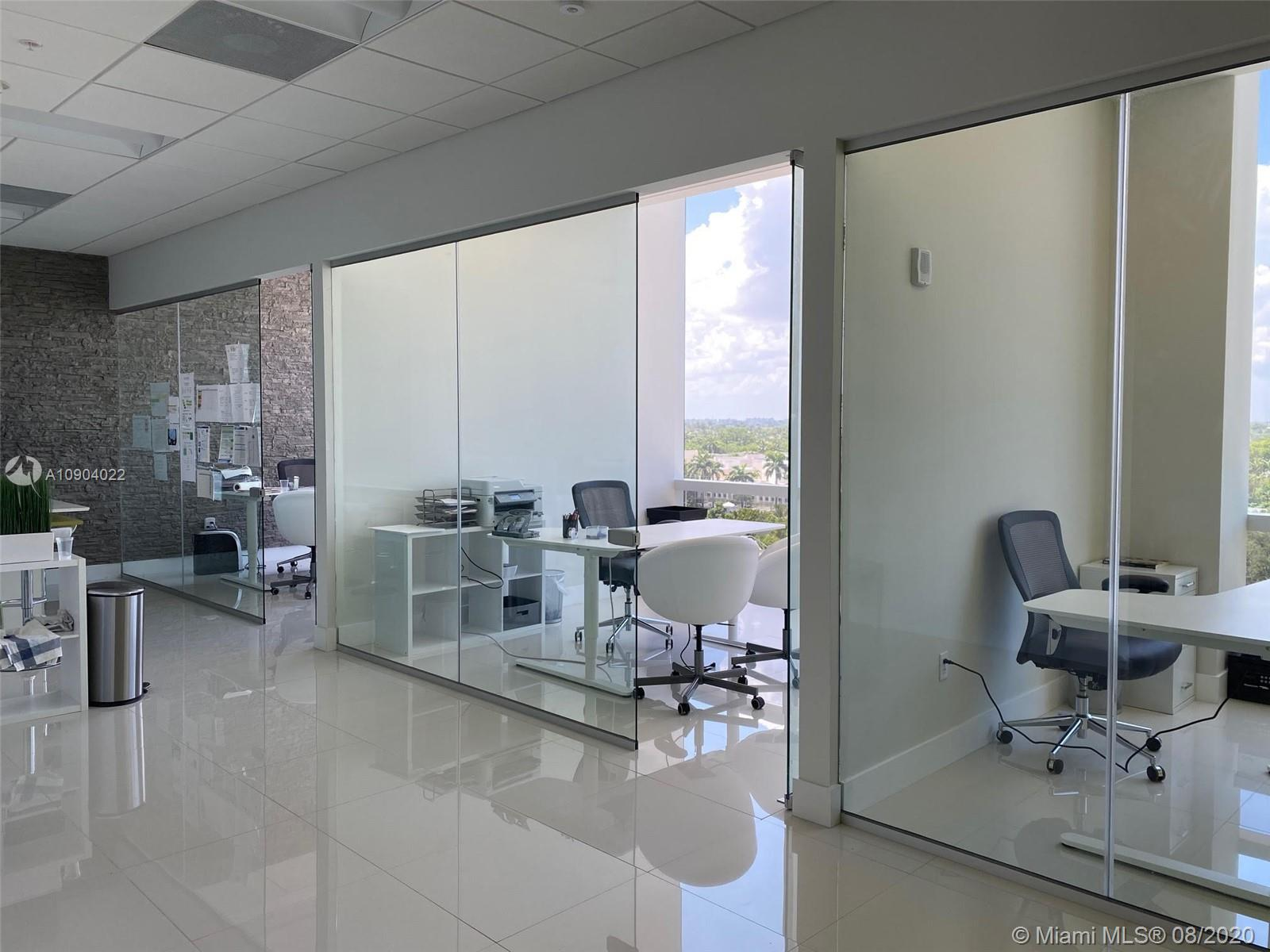 20200 W Dixie Highway #703 For Sale A10904022, FL