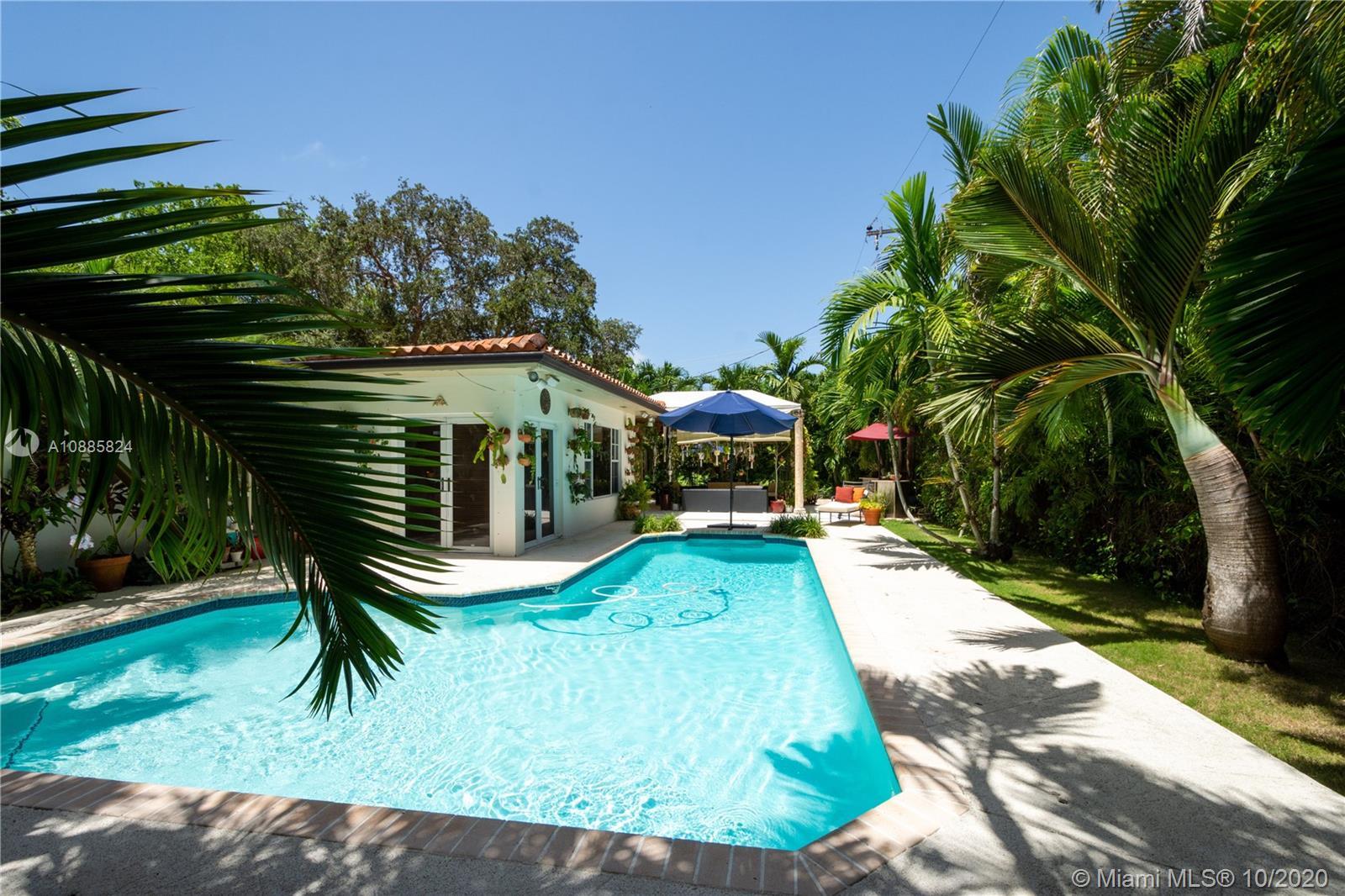 1025 S Bayamo Ave  For Sale A10885824, FL