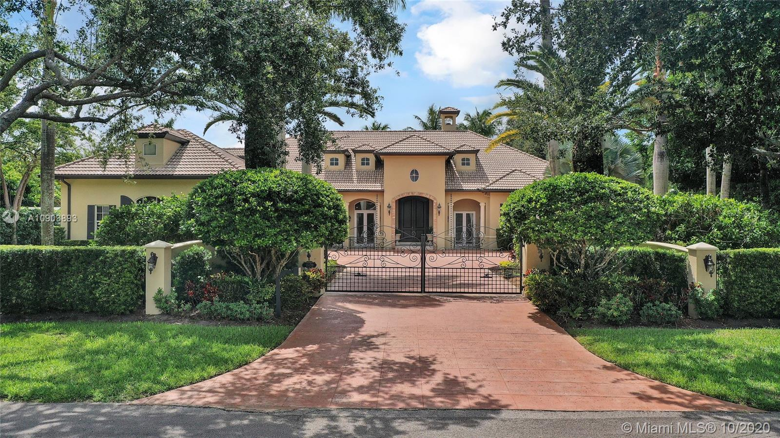 11420 SW 93rd Ct  For Sale A10903893, FL