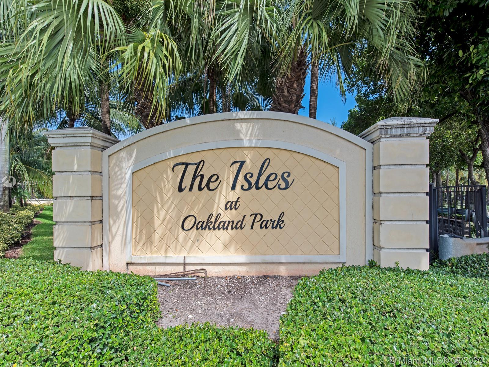 3208 NW 33rd St  For Sale A10904141, FL