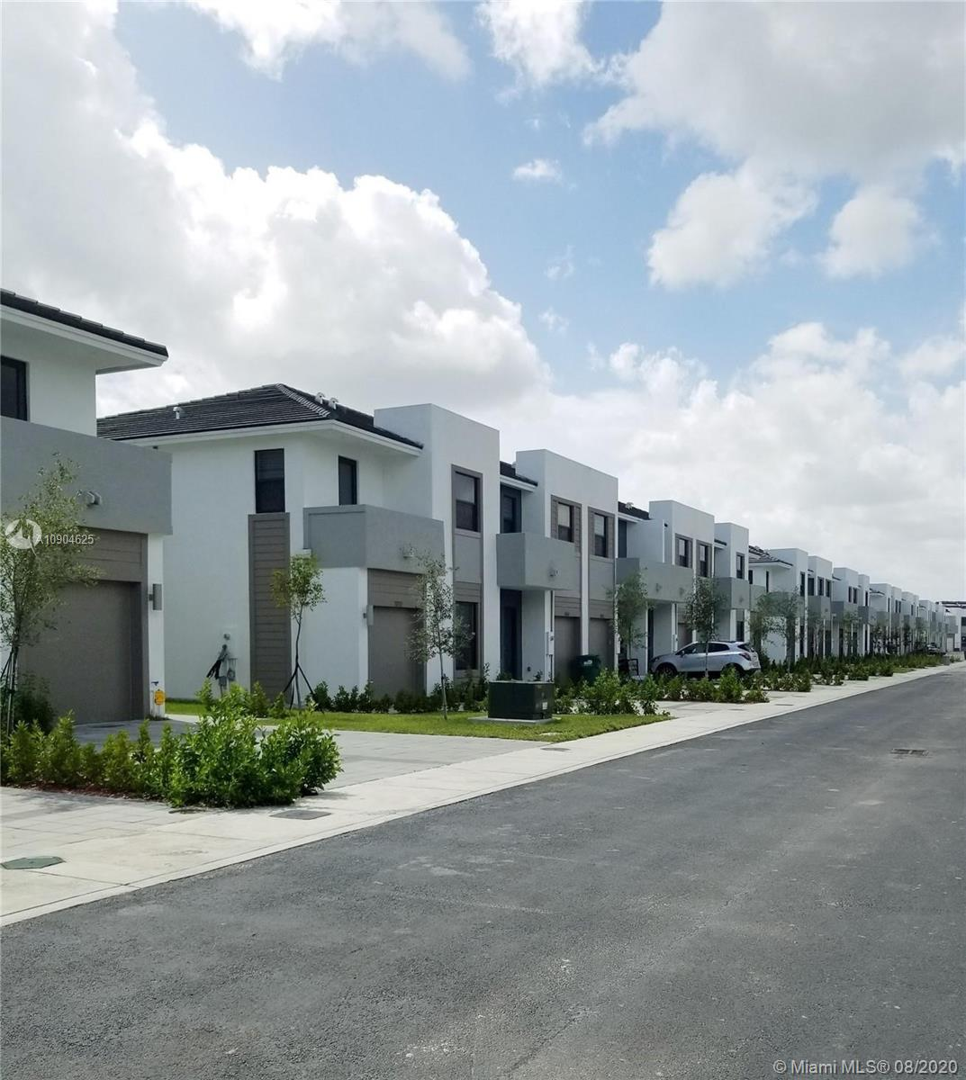 10530 SW 118th Ave #10530 For Sale A10904625, FL