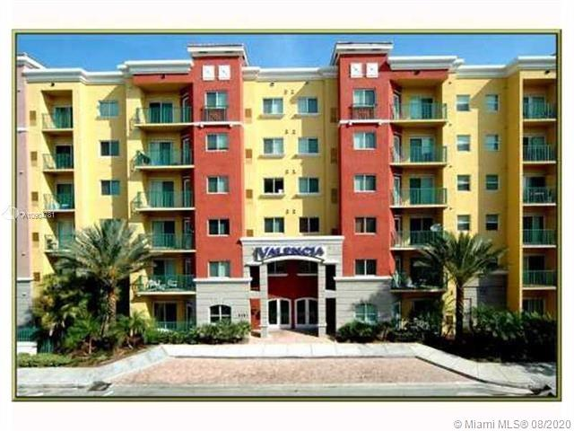 6001 SW 70th St #523 For Sale A10904781, FL