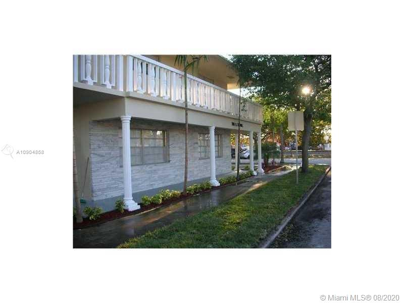 701 S 21st Ave #103 For Sale A10904858, FL