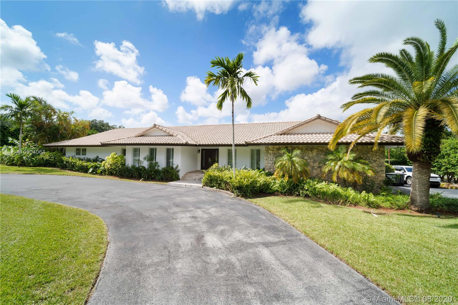 5925 SW 117 ST  For Sale A10904064, FL