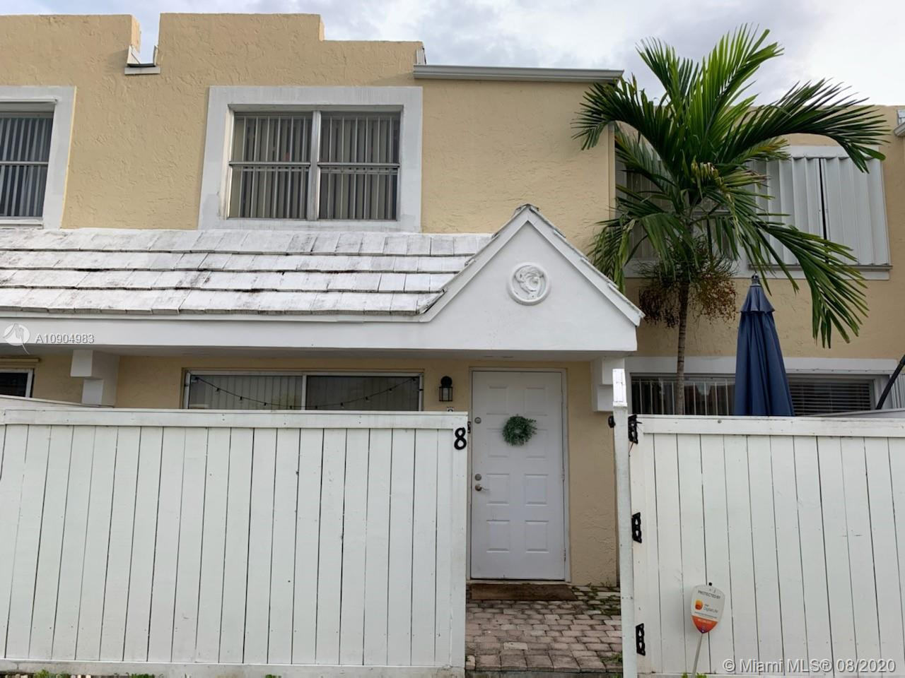 Beautiful 2 bedroom 1 and a half bath townhouse in location, location, location. Close to Coral Gables, the University of Miami, shops and restaurants. This community features 2 swimming pools and tennis courts for your enjoyment. Bring your tenants so they can see what a great place to live this is.