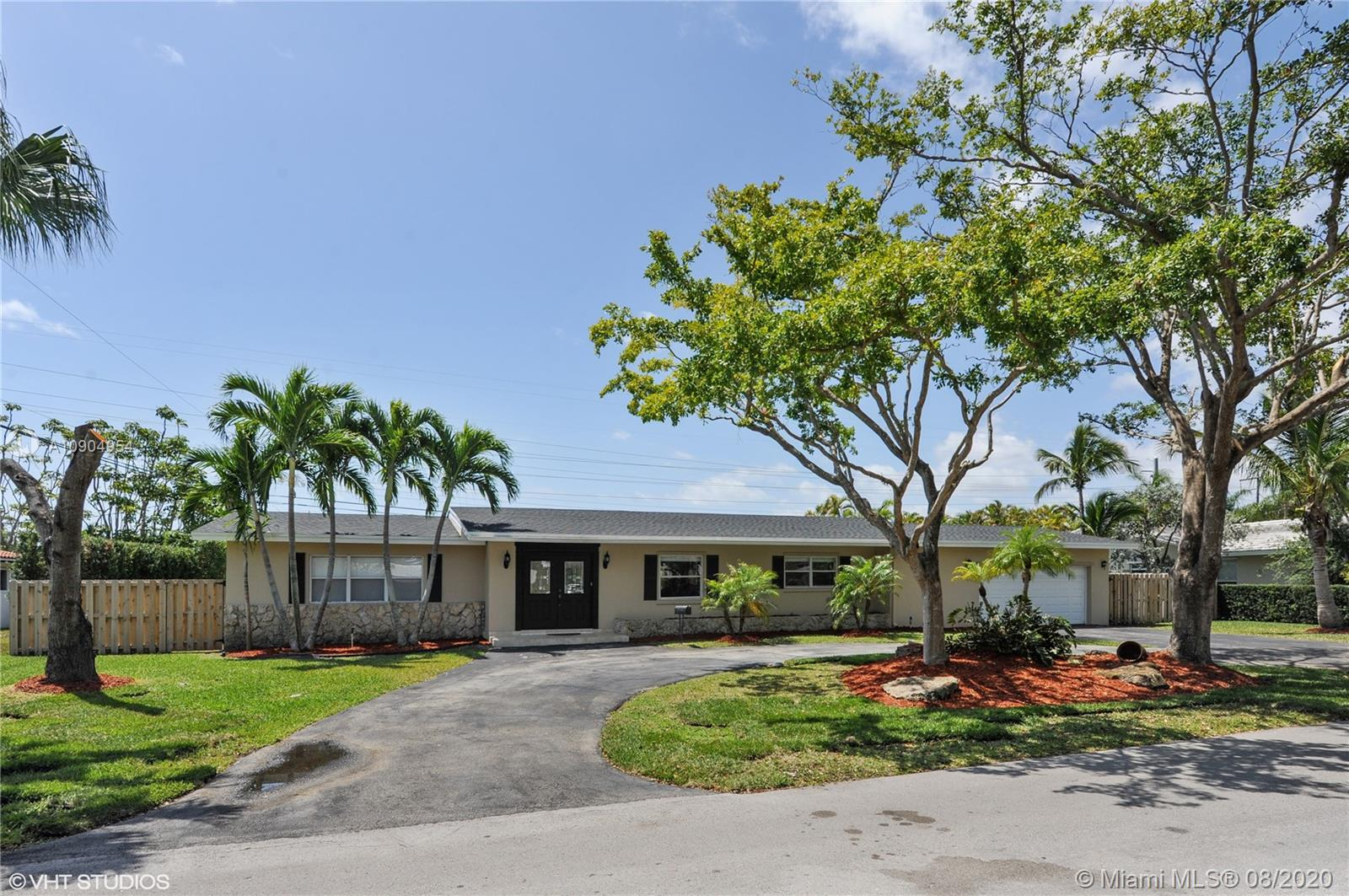 7720 SW 139th Ter  For Sale A10904954, FL