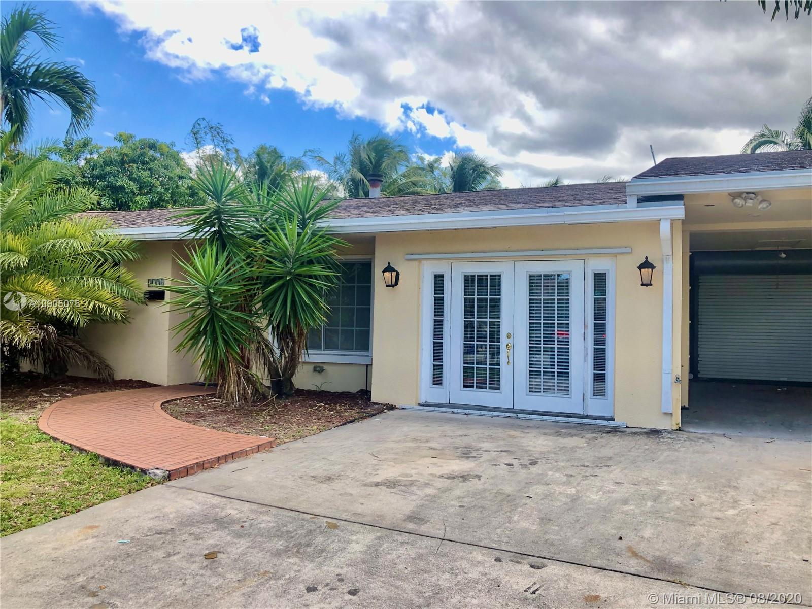 3176 NW 67th Ct  For Sale A10905076, FL