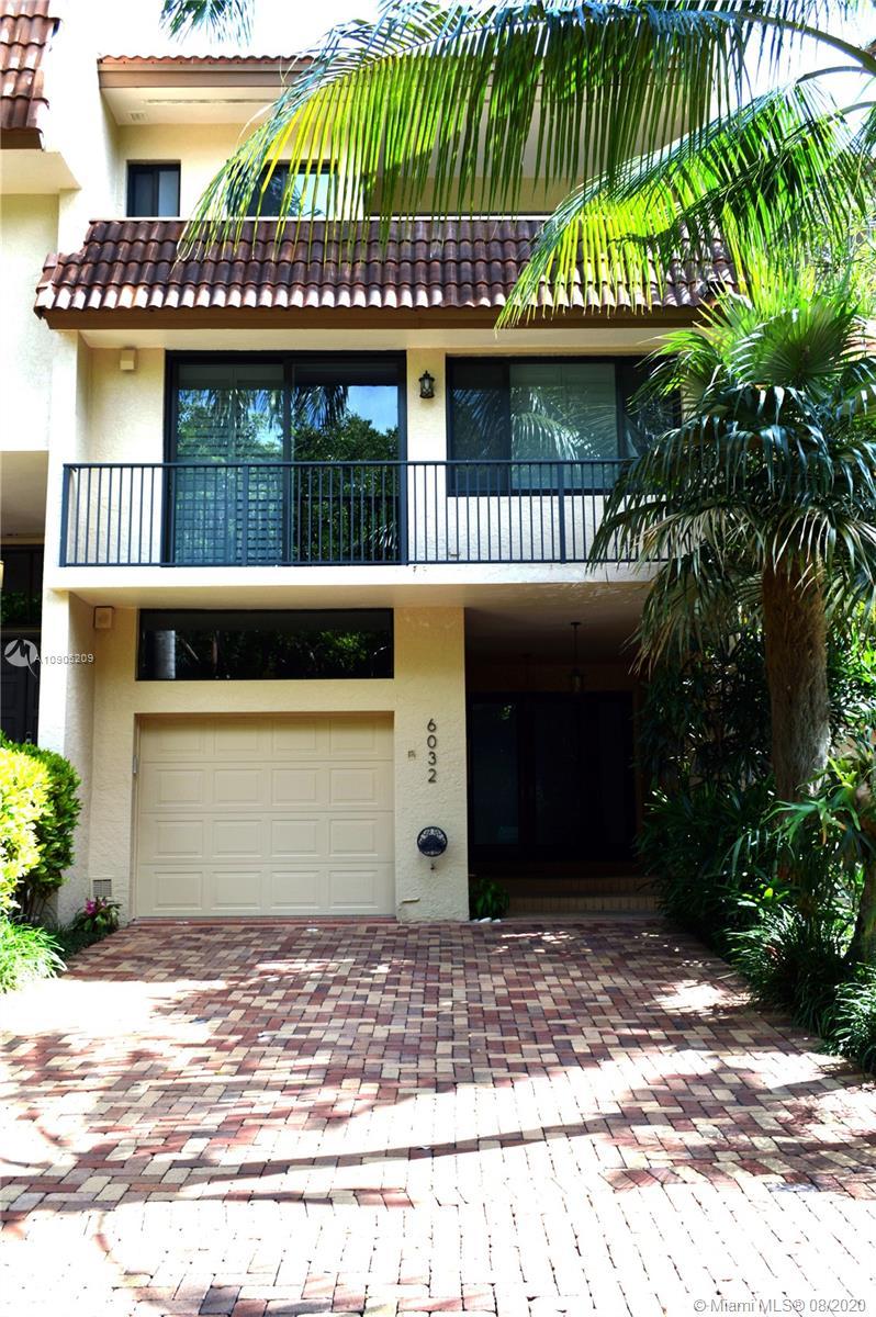 6032  Paradise Point Dr #6032 For Sale A10905209, FL