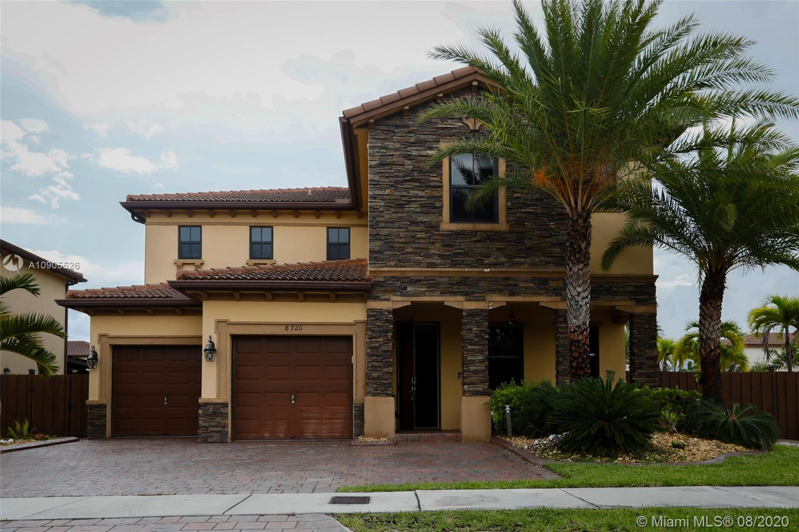 8720 NW 99th Ave  For Sale A10905526, FL