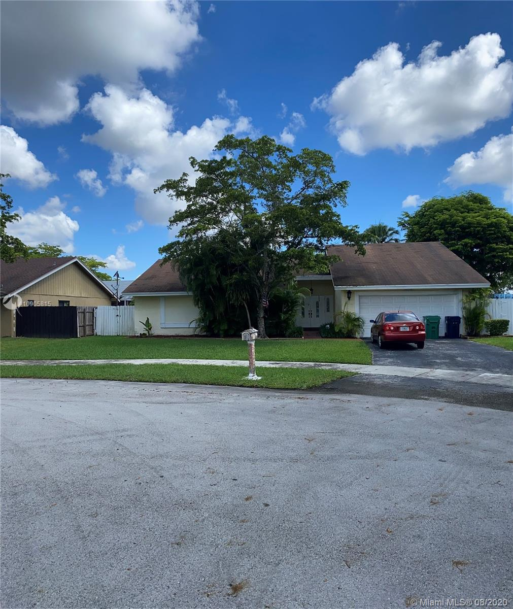 12705 SW 115th Ter  For Sale A10905815, FL
