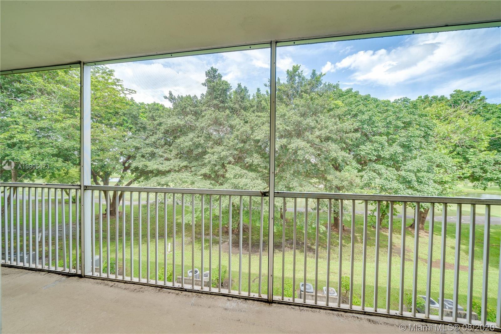 251 SW 132nd Way #314H For Sale A10905673, FL