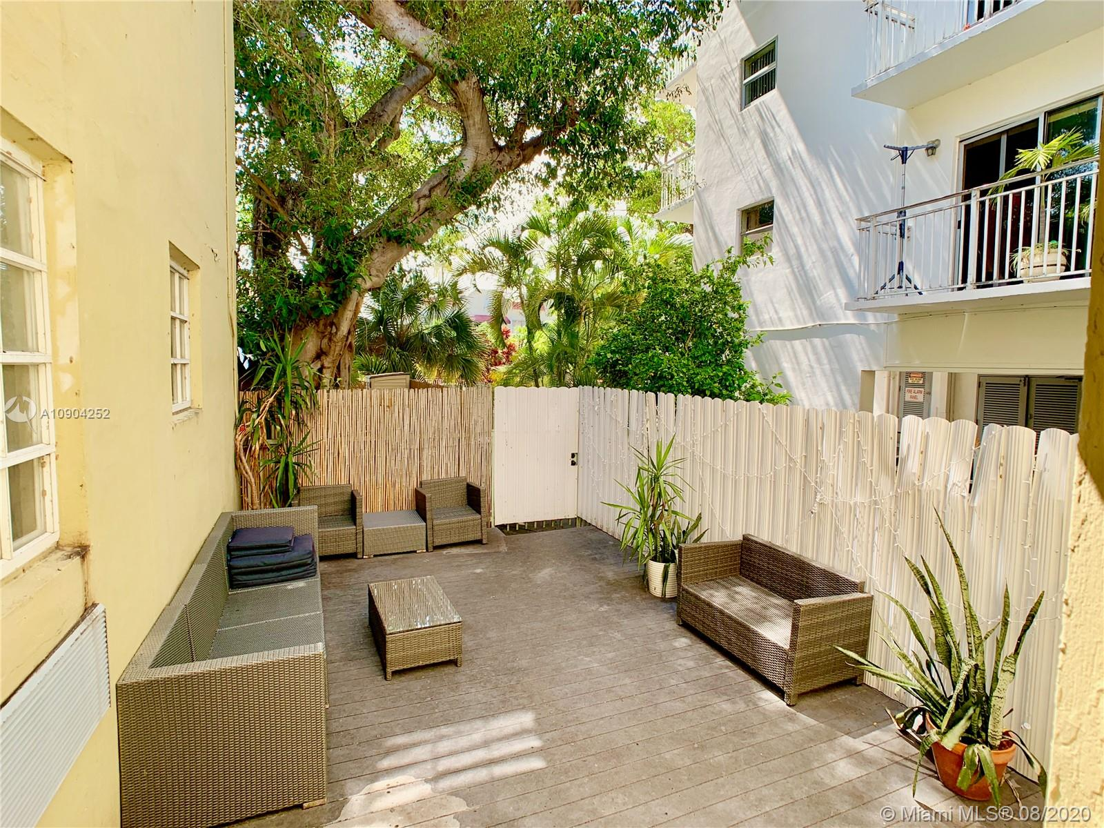 439  15 Street #15 For Sale A10904252, FL