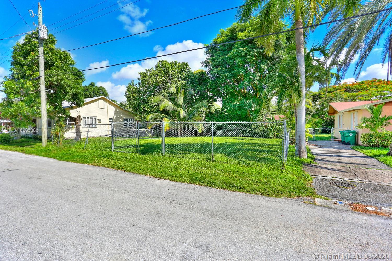 3801  Oak Ave  For Sale A10905868, FL