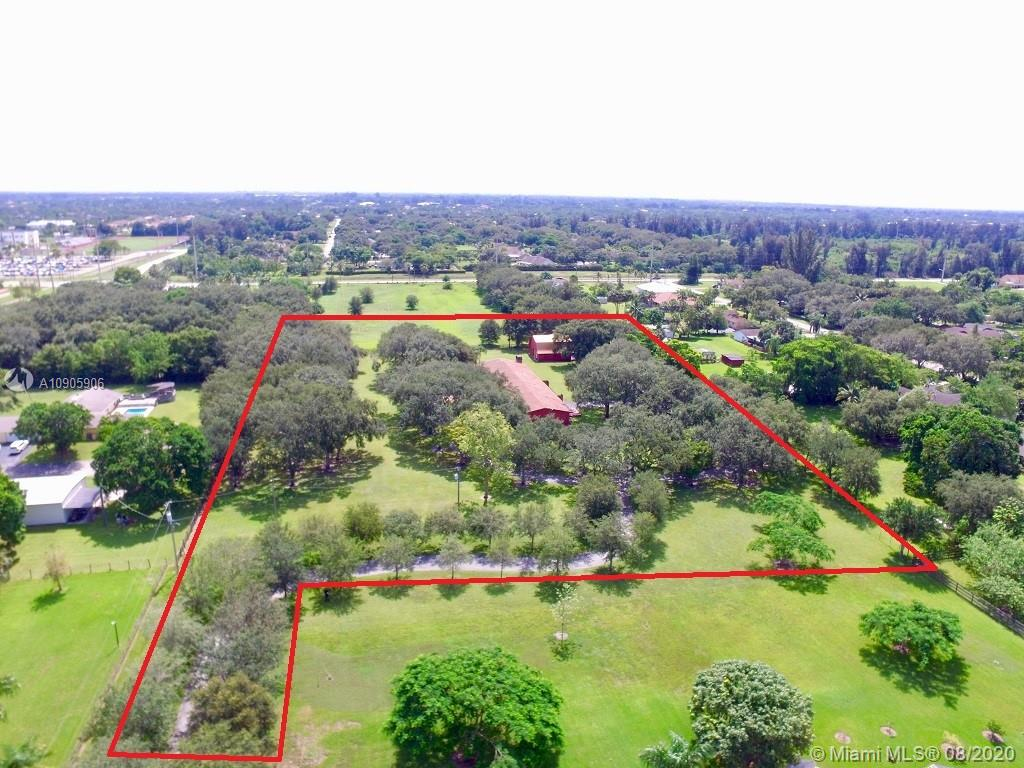 1500 SW 139th Ave  For Sale A10905906, FL