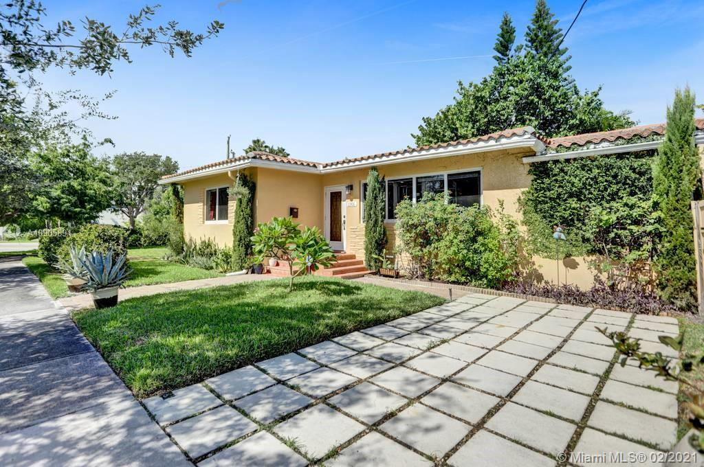 1301 S Biscayne Point Rd  For Sale A10905891, FL
