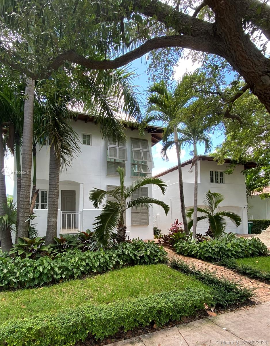 350  Woodcrest Rd  For Sale A10906043, FL