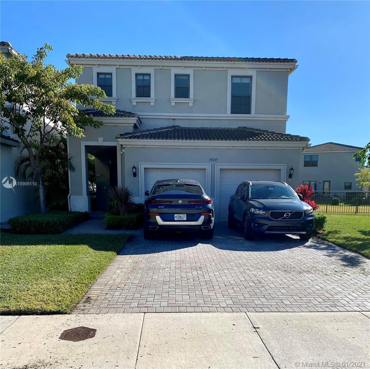 19269 NE 8th Ct, Miami, Florida 33179