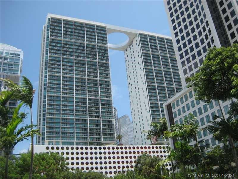 """You WANT this high-floor unit with a sought-after south view in the West Tower of 500 Brickell before someone else does!  This is a freshly painted, scrubbed, and shampoo'd unit with sweeping SOUTH views of the glittering Brickell skyline, the Grove, and points south, including bits of the Bay and the River. And the parking space is on just the 4th level---WOW! 500 Brickell has all the """"bells and whistles"""" one can want:  24/7 concierge, valet parking, exercise facilities, two pools (one on the rooftop with STUNNING views!), amenities galore!  Plus, you can walk to all the shops and cafes of Brickell Village, Bayside, DWNTWN, and CitiCenter, as well as gain easy access to Metro-Rail and the free Metro-Mover. Sophisticated urban living at its BEST!"""