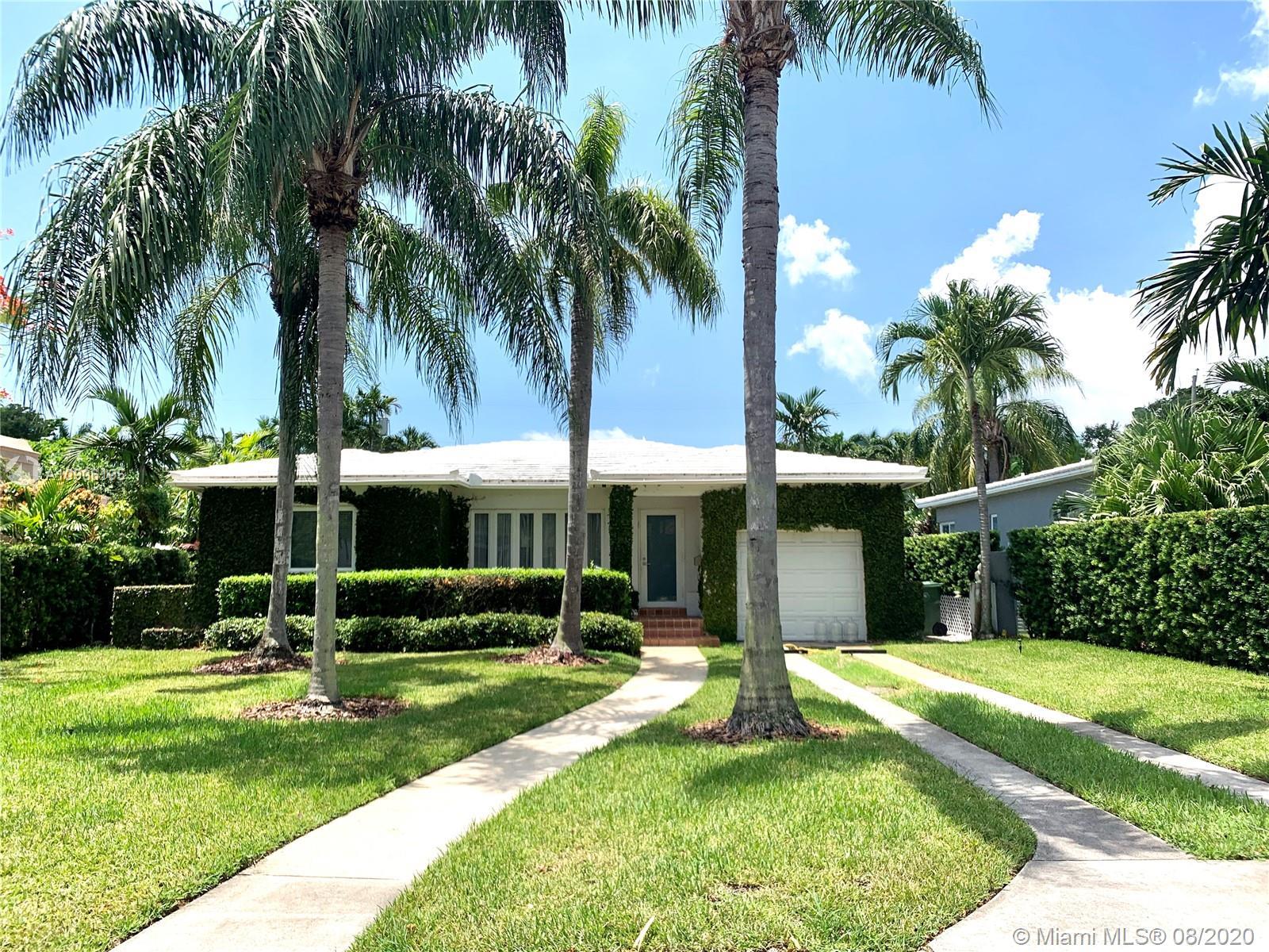 860 NE 75th St  For Sale A10906195, FL