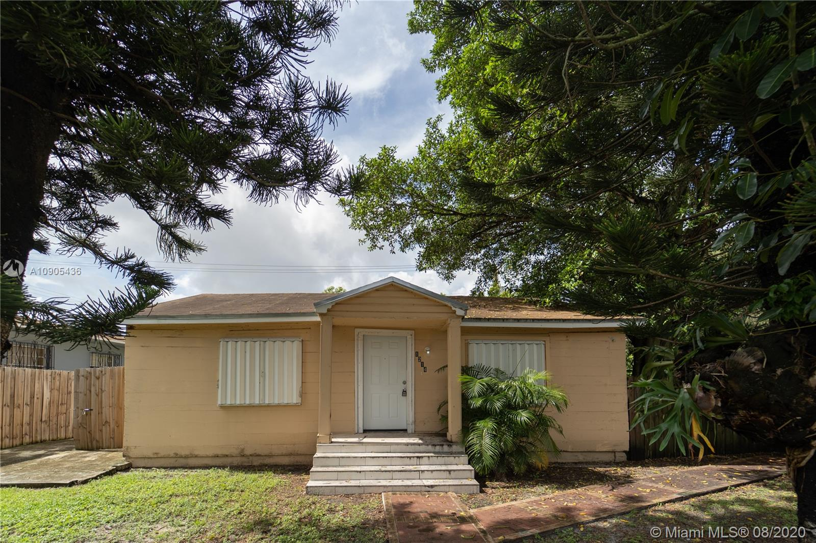 1214 NW 118th St  For Sale A10905436, FL