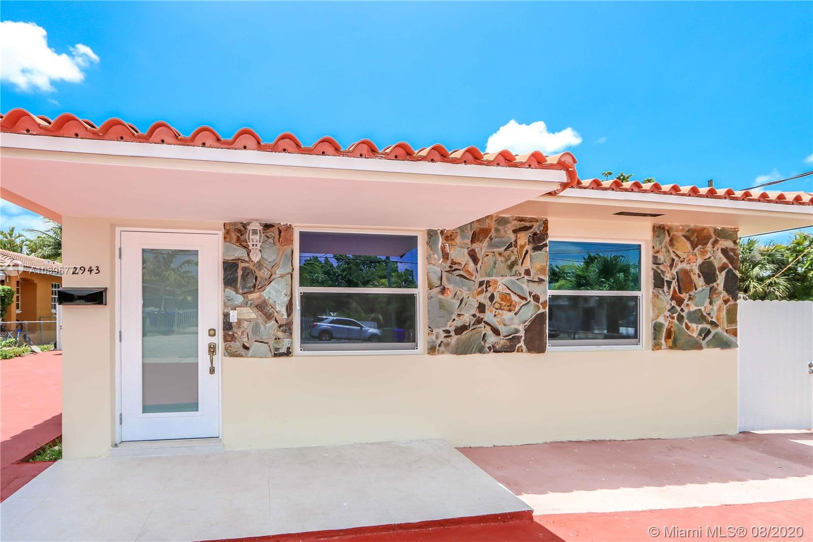 2943 SW 36 ave #FRONT For Sale A10895777, FL