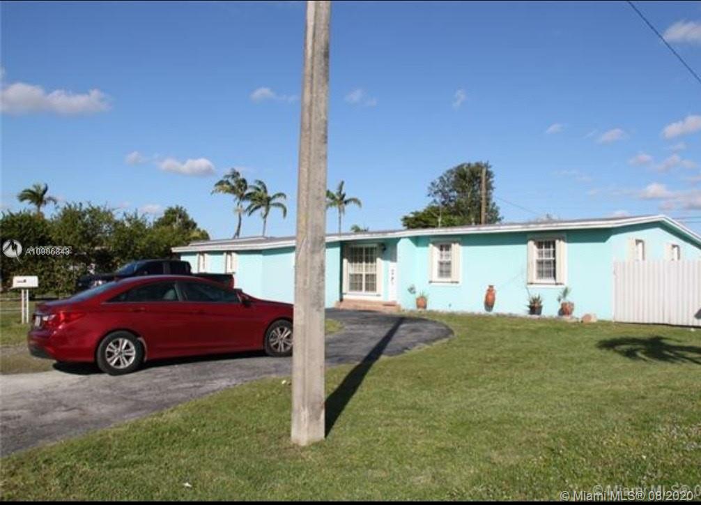 5561 SW 89th Pl, Miami FL 33165