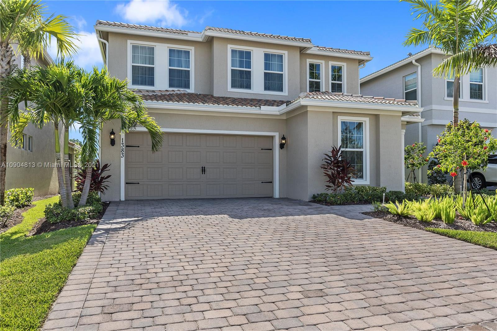1383  Silk Oak Dr  For Sale A10904813, FL
