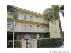 Prefect location in Coral Gables. This is a junior studio turned into one bedroom (400 sq.ft.) Pool and parking in the complex. Walking distance to restaurants, theaters and shopping. Minutes away from University of Miami, airport and downtown Miami. A small pet is OK. First, last and security deposit is a must. One person only. Two people don't need to apply. The association does background checking. Available 8/29/2020.