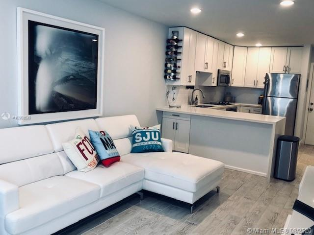 208  Meridian Ave #7 For Sale A10903690, FL