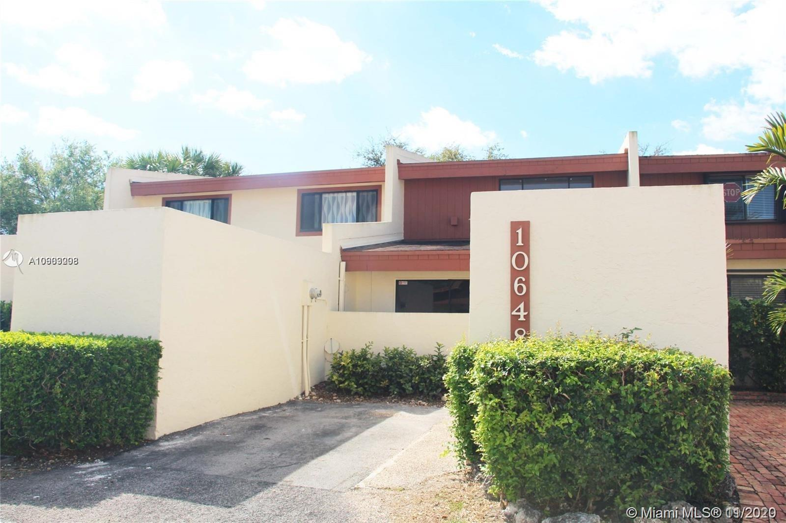 10648 SW 76th Ter  For Sale A10903208, FL