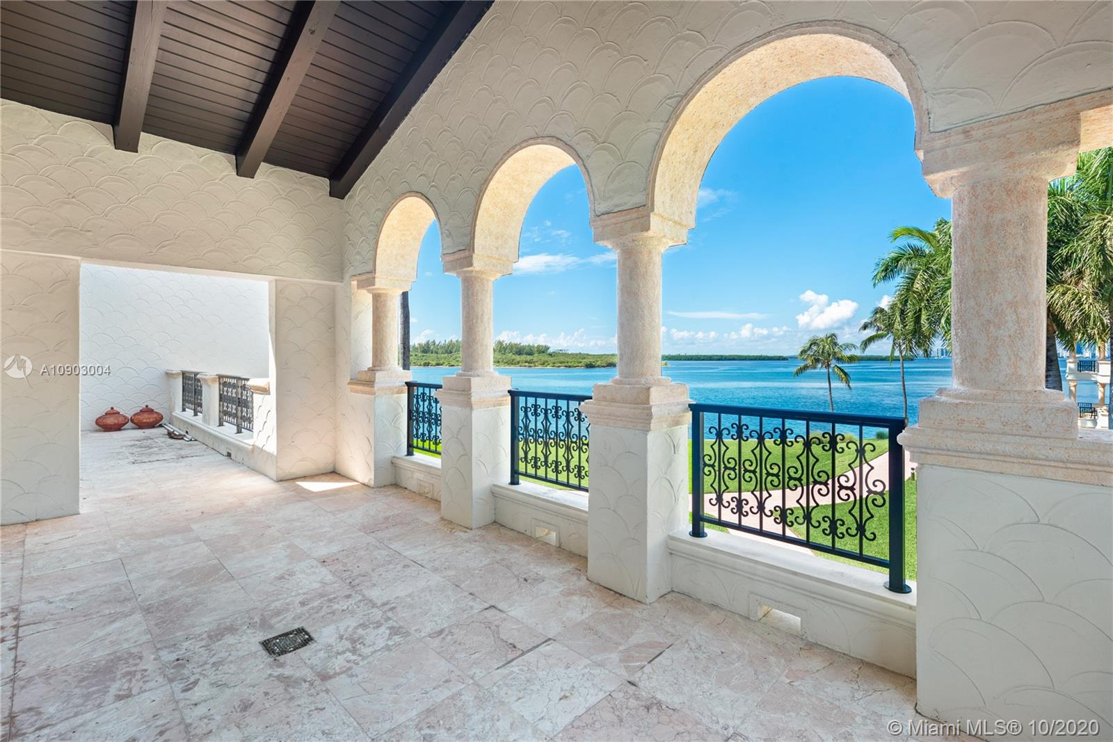 4834  Fisher Island Dr #4834 For Sale A10903004, FL
