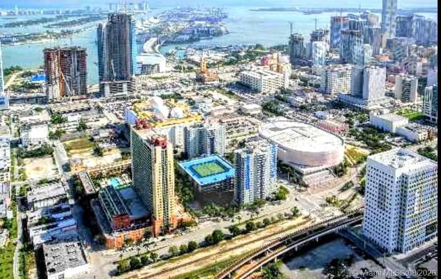 800 N Miami Ave #E-407 For Sale A10906975, FL