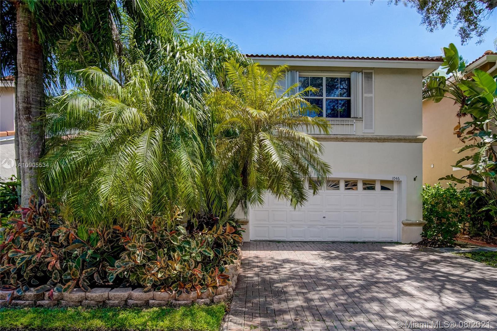 1046 Satinleaf St, Hollywood FL 33019