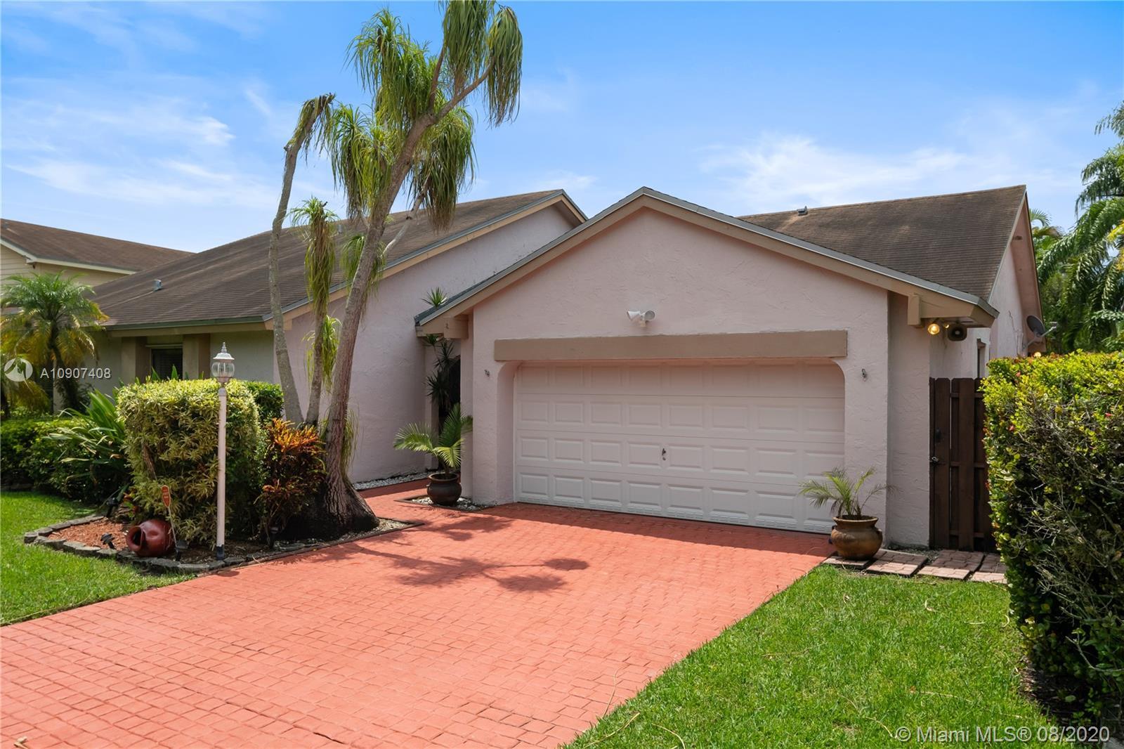 15622 SW 51st Ter, Miami FL 33185