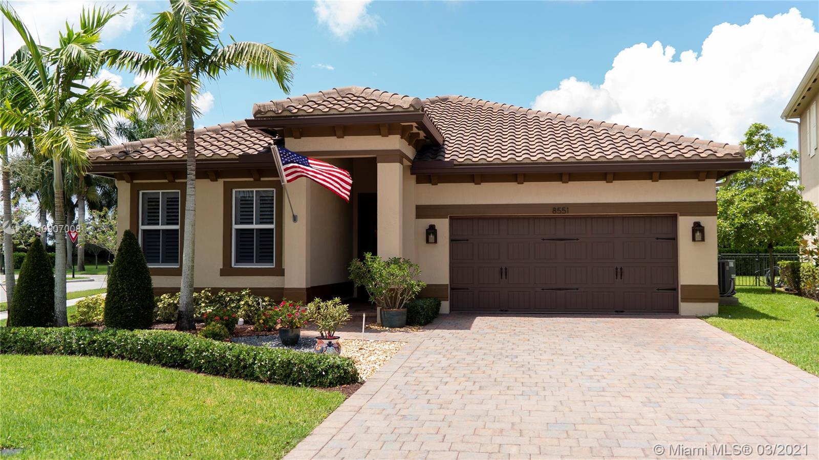 8551 Waterside Ct, Parkland FL 33076