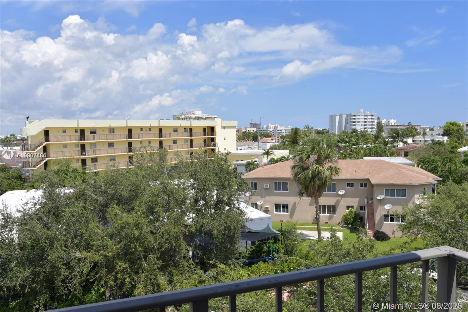 990  Biarritz Dr #501 For Sale A10907464, FL