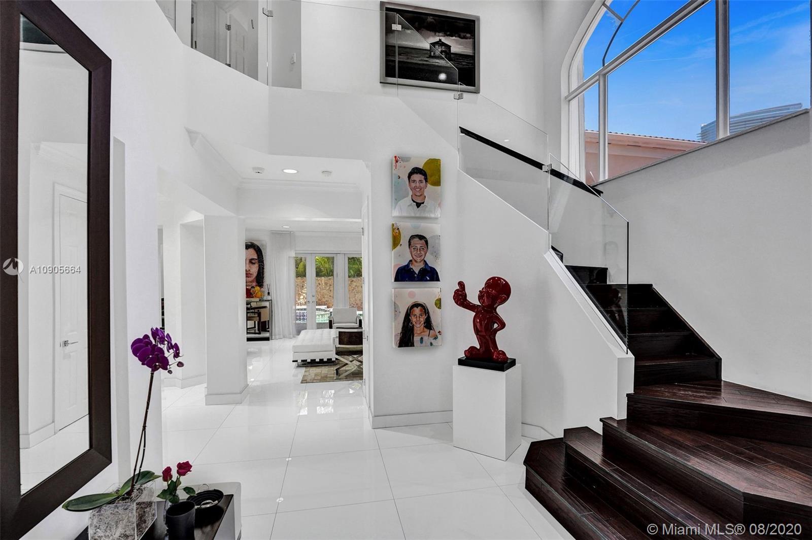 19435 NE 39th Ave  For Sale A10905664, FL
