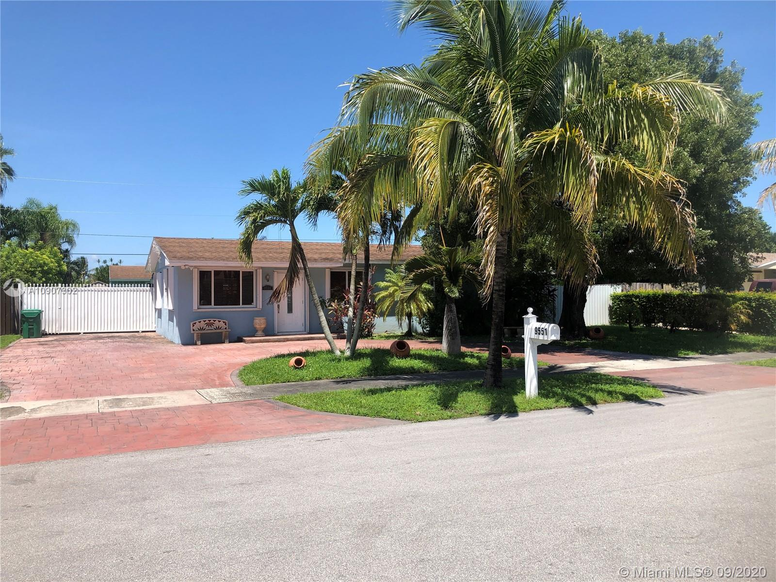 9551 April Rd, Cutler Bay FL 33157