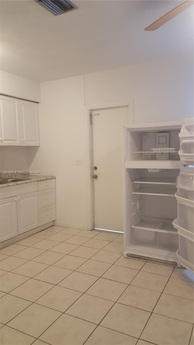 2031 NE 170th St #4 A For Sale A10904603, FL