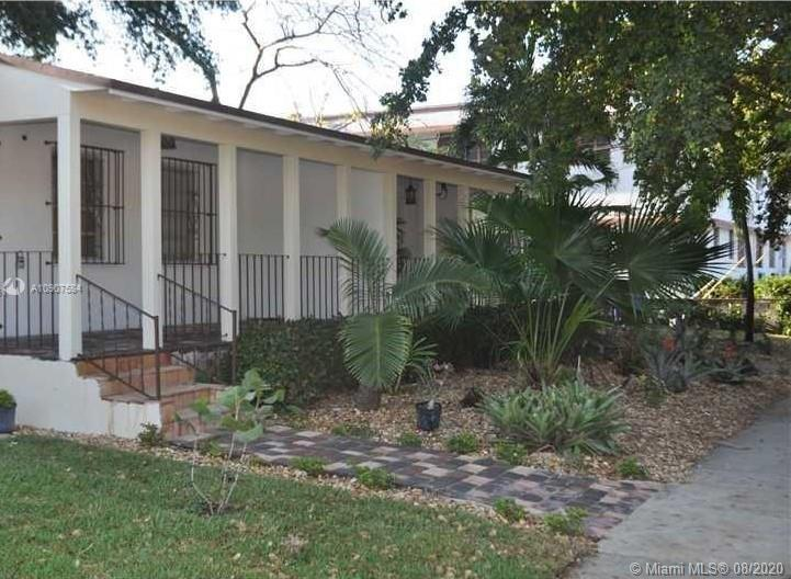 2131 SW 19th Ave  For Sale A10907584, FL