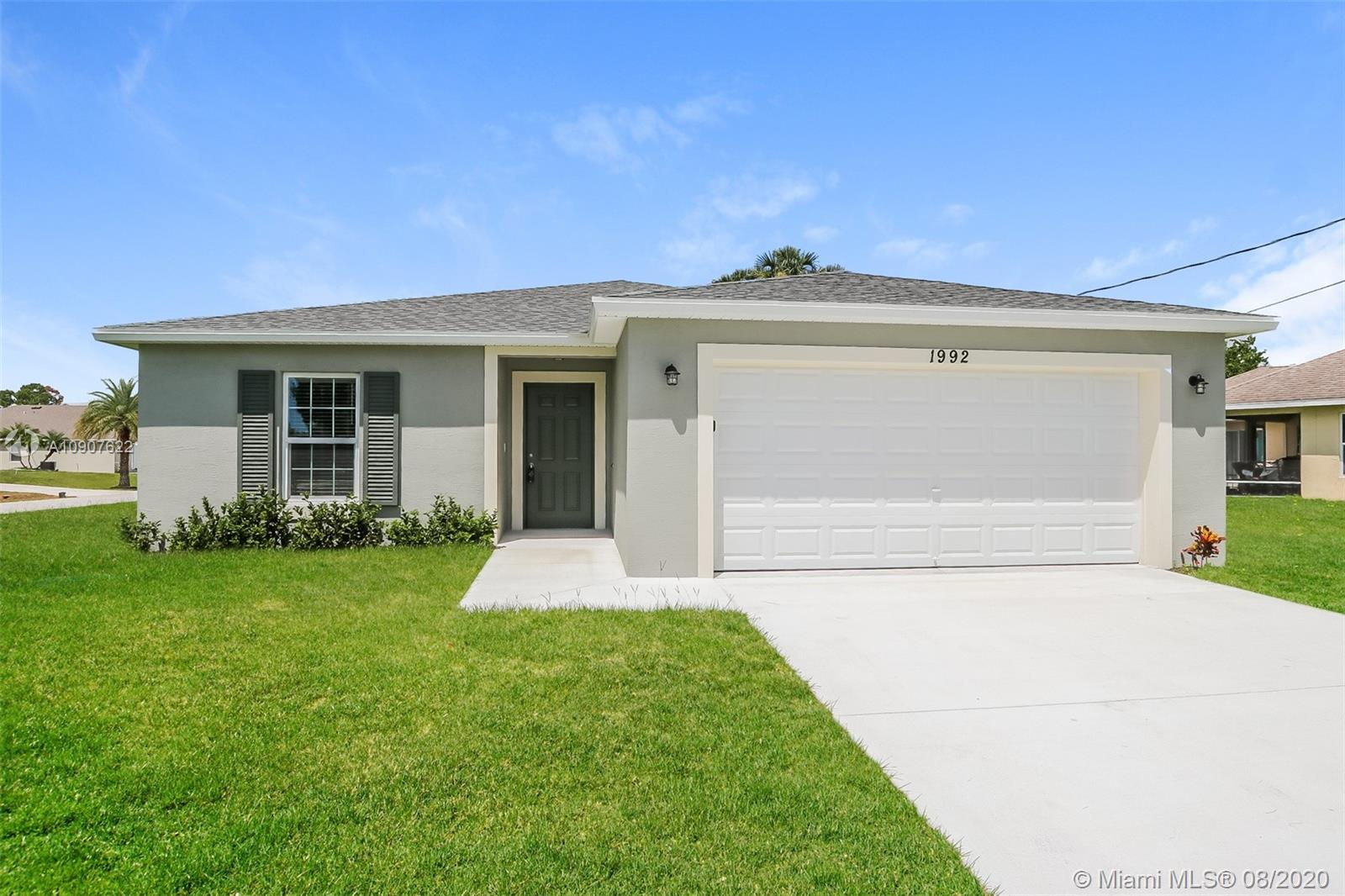 1992 Sunglow St, Port St. Lucie FL 34953