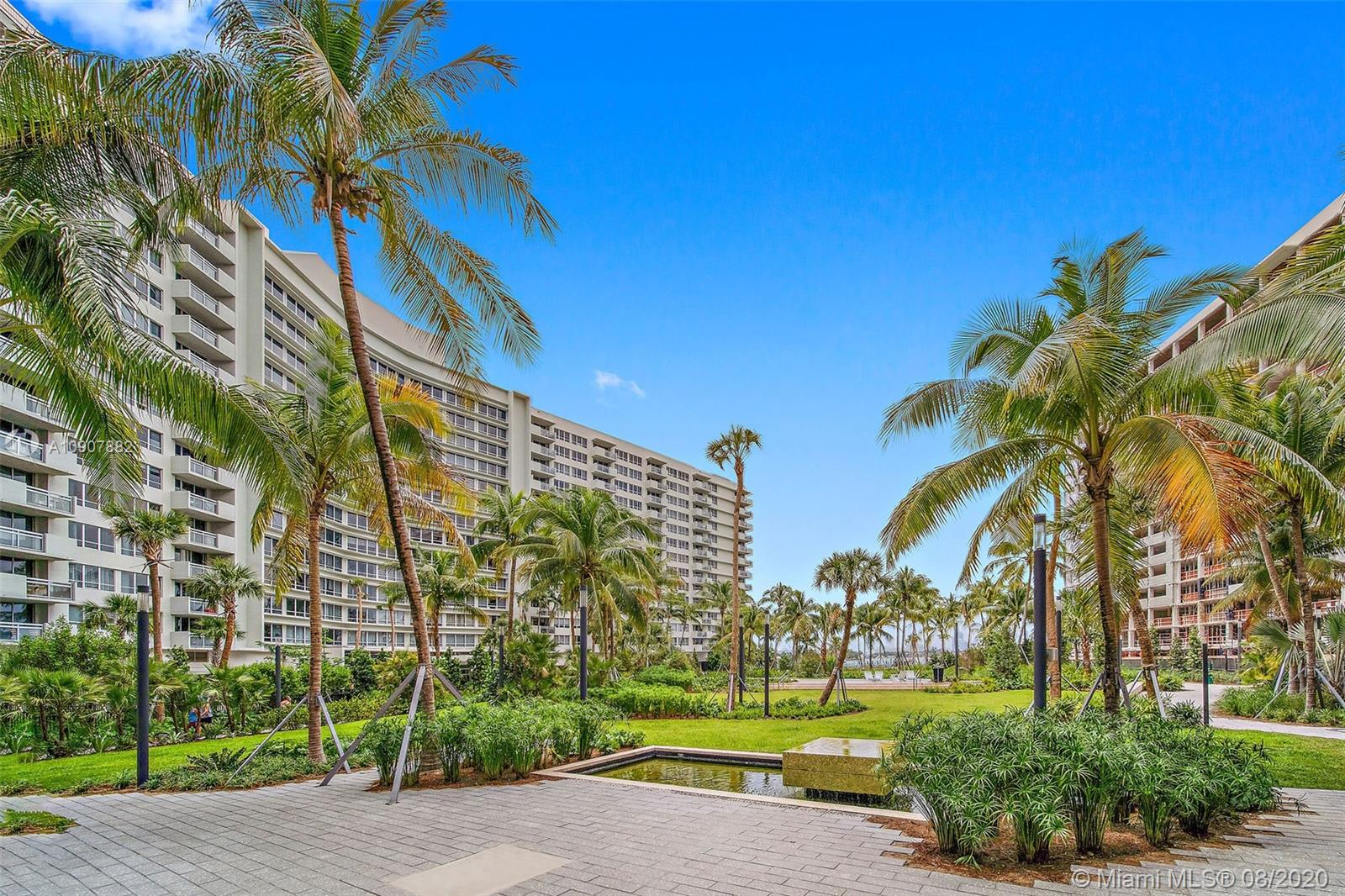 1500  Bay Rd #M-921 For Sale A10907882, FL