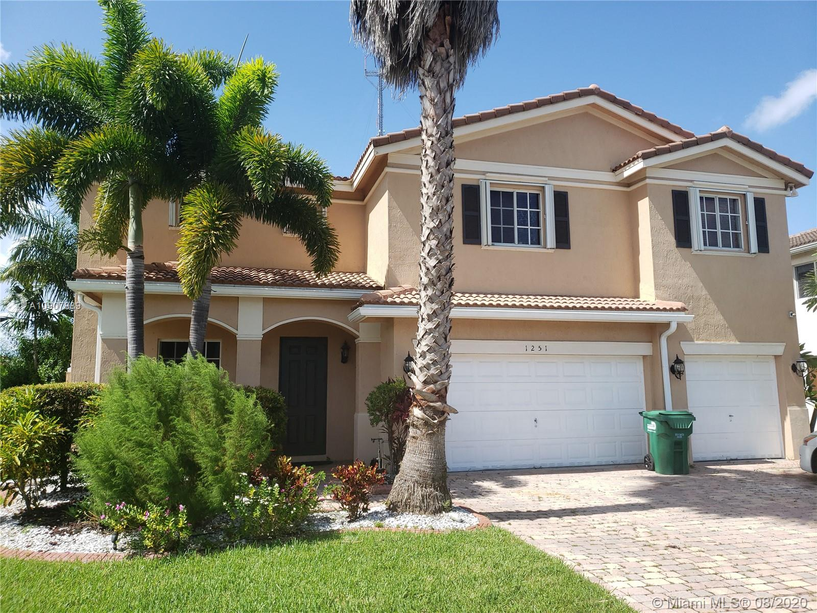 This a gorgeous single-family home located in a gated community.  This home has 6 BR & 4 baths with ceramic tile in the living areas & carpets upstairs. Spacious dining and living areas leading to a large outside patio perfect for entertainment.